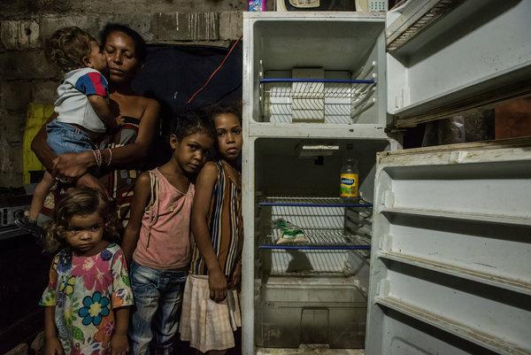 Huge influx of hungry Venezuelans challenges Brazil's responsibility