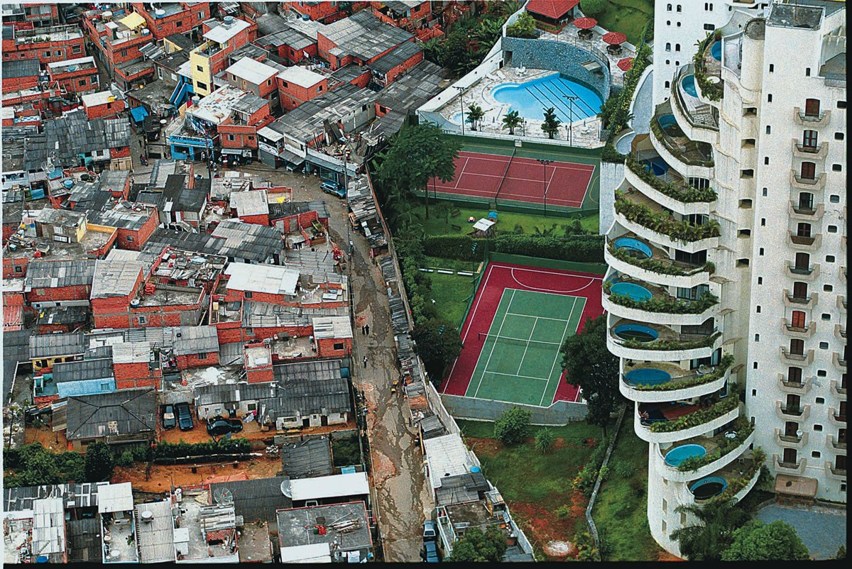 Luxury condo in São Paulo, Brazil, neighboring the Paraisópolis slum'Brazil is one of the most inequal countries in the world